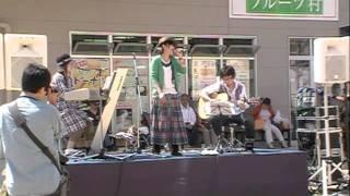 和歌山マリーナシティ フリーライブ 2011.5.14 気に入ったら応援しちゃ...