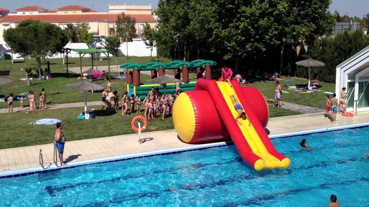 V deo fiesta apertura temporada verano piscina municipal for Piscina municipal de valencia