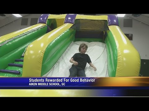 Aiken Middle School students rewarded with carnival for good behavior