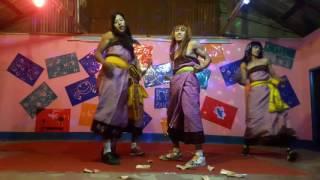 Eibu ukhrabasingna_parody_on stage(use headphones)