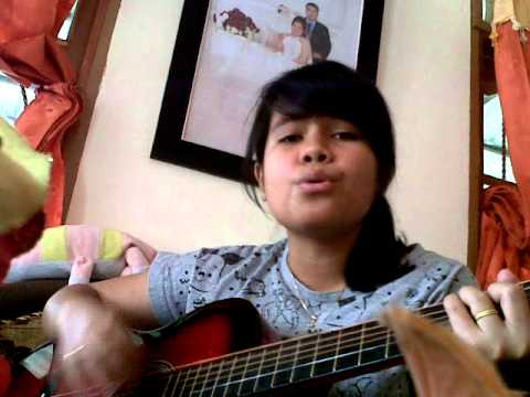 "Lagu Toba ""Martopak Sada Tangan"" Cewek Cantik Nyanyi"