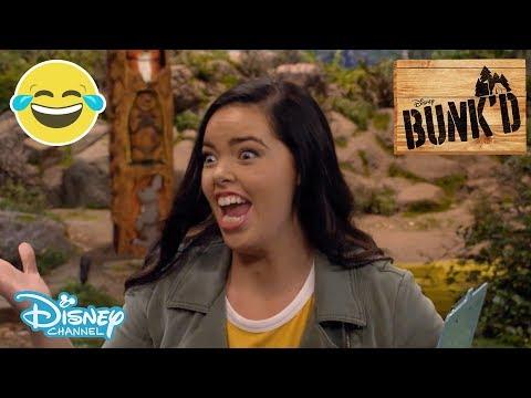 Bunk'd | Who Da Boss? Lou Da Boss! - First 5 Minutes: Season 4 Episode 59 🏕 | Disney Channel UK
