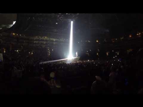 Yeezus Tour: Kanye West Performing