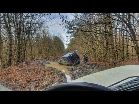 Нива джиппинг и Toyota Hilux Surf спасает ниву.