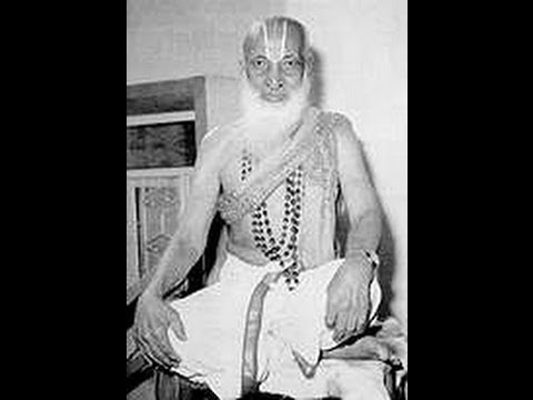 T Krishnamacharya Yoga Practice at the age of 96 to overcome the hip fracture