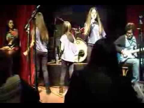 ESCUELA DE MÚSICA ORFEO - Karaoke show