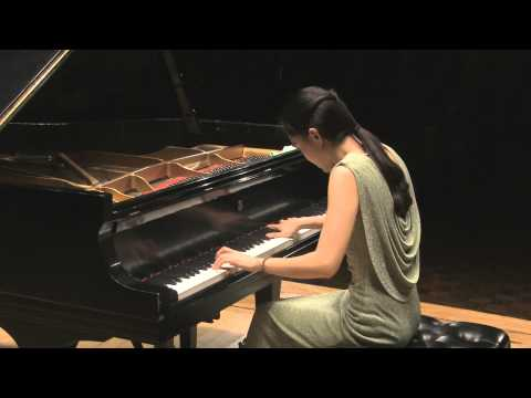 Huijuan Pan Mozart Piano Sonata in F major, K. 533/494 in HD (Live performance)