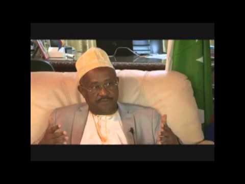 Comores : Interview de l'animateur Abdallah Agwa et Hamada Madi Boléro (sur Baraka FM).