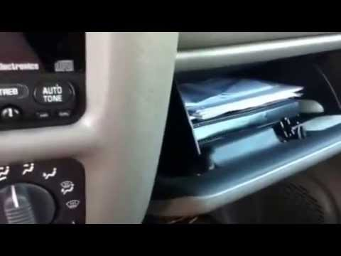 Glove compartment door wont close