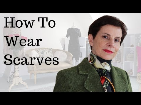 🇫🇷 HOW FRENCH WOMEN WEAR SCARVES ⎢UPLIFT 4 SIMPLE OUTFITS