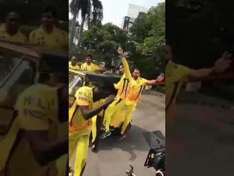आवतारे सईया सखी टेम्पो से क्रिकेटर मस्ती विडियो