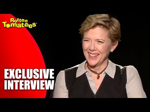 Annette Bening's Favorite Music for Dancing Alone - Exclusive '20th Century Women' Interview (2016)