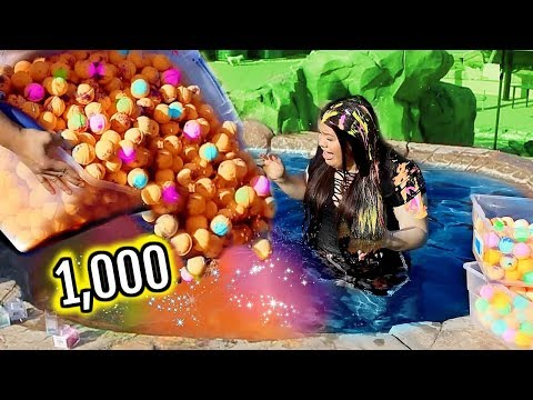 1000+ BATH BOMBS CHALLENGE! I Put 1000 Bath Bombs In My Jacu