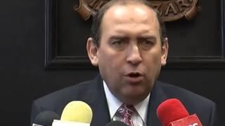 Gobernador hace oficial la salida de Javier Guerrero García y Oscar Pimentel González
