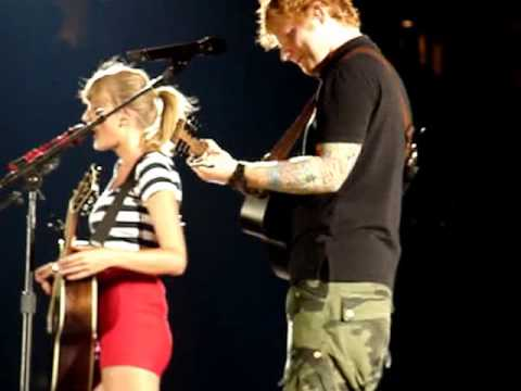 Taylor Swift duet with Ed Sheeran Everything has Changed Philadelphia 2013 Lincoln Financial Field
