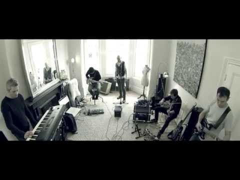 """James – """"Moving On""""   Living Room Sessions"""