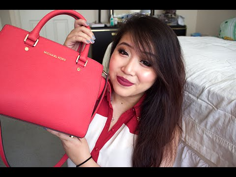 b0e064872180 What's In My Bag | Michael Kors Selma - YouTube