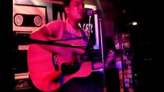 Djhey Salonga - Sabi Mo (Sunday Acoustic at AMOS Cafe 02.03.13)