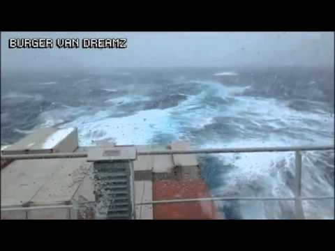 Breathtaking : Container Ship Taking 40 Degree Roll in North Atlantic