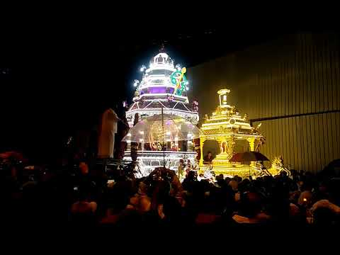 Thaipusam Silver & Gold Chariot Procession To Batu Caves