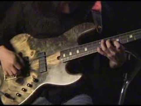 Bass solo instrumental - Christmas carol