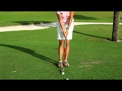 Golf Magazine Top 100 Teacher -- PGA Professional Kellie Stenzel Chipping Tip