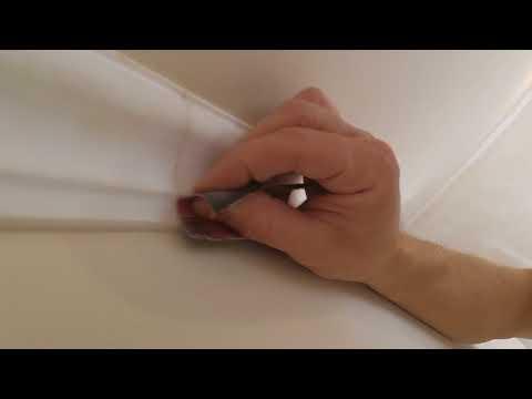 Как убрать швы на потолочном плинтусе