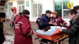 В Нефтекамске один молодой человек выпал из окна, другой - с балкона