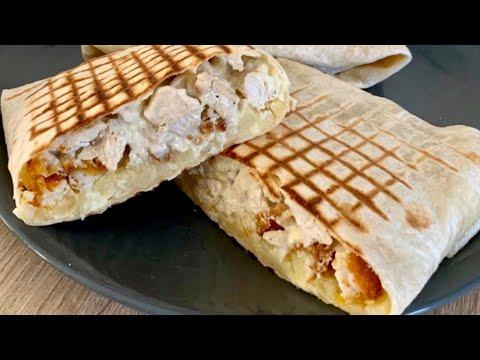 le-tacos-poulet-tenders-fait-maison-avec-délicieuse-sauce-fromagère
