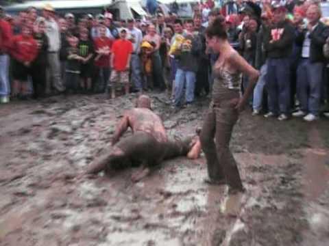 Girls mud wrestling pity, that
