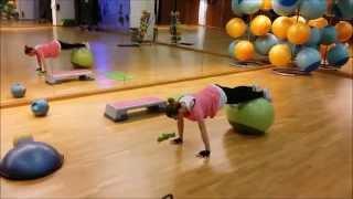 Circuit pe intervale cu 5 exercitii fitness pentru slabit si tonifiere (9 din 10)