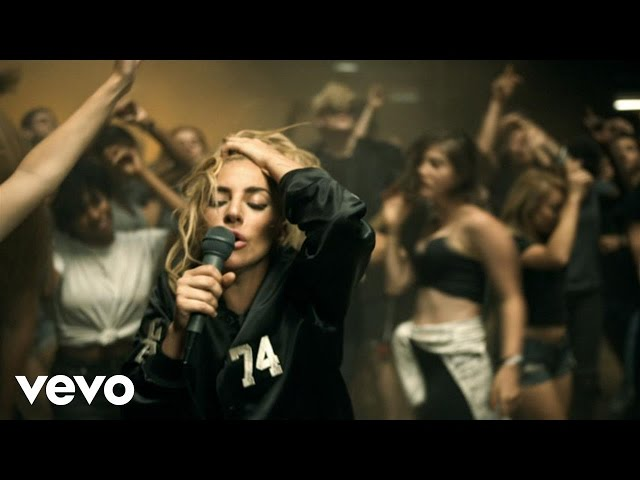 Lady Gaga estrena el vídeo de su tema 'Perfect Illusion'