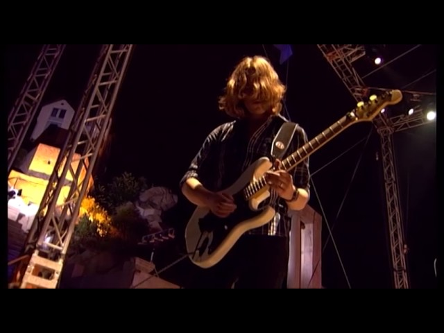 asia-heat-of-the-moment-live-official-video-frontiers-music-srl