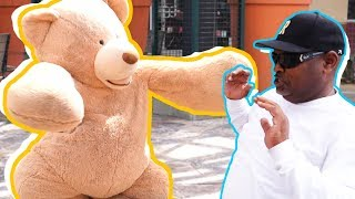 TEDDY BEAR COSTUME SCARE PRANK IN PUBLIC!