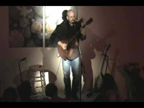 Tony Furtado Plays 'Cypress Grove Blues'  at Coolwater Nov. 08