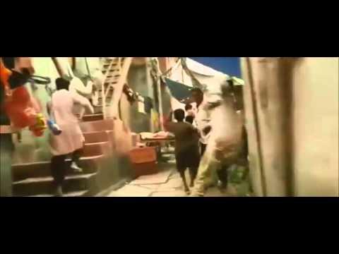 Slumdog Millionaire - Muslim Chasing Scene