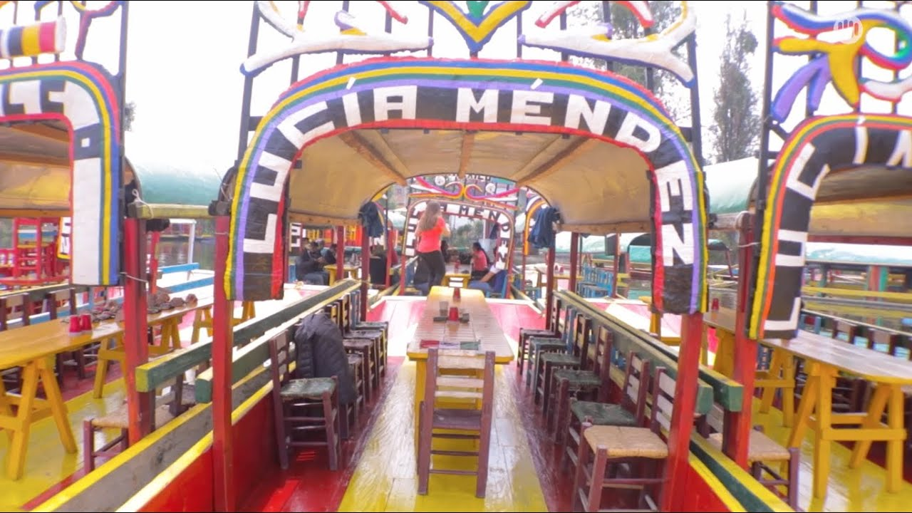 Lucía Méndez - Mi México (Behind Xochimilco) #diva #luciamendez #mimexico #vivamexico #xochimilco