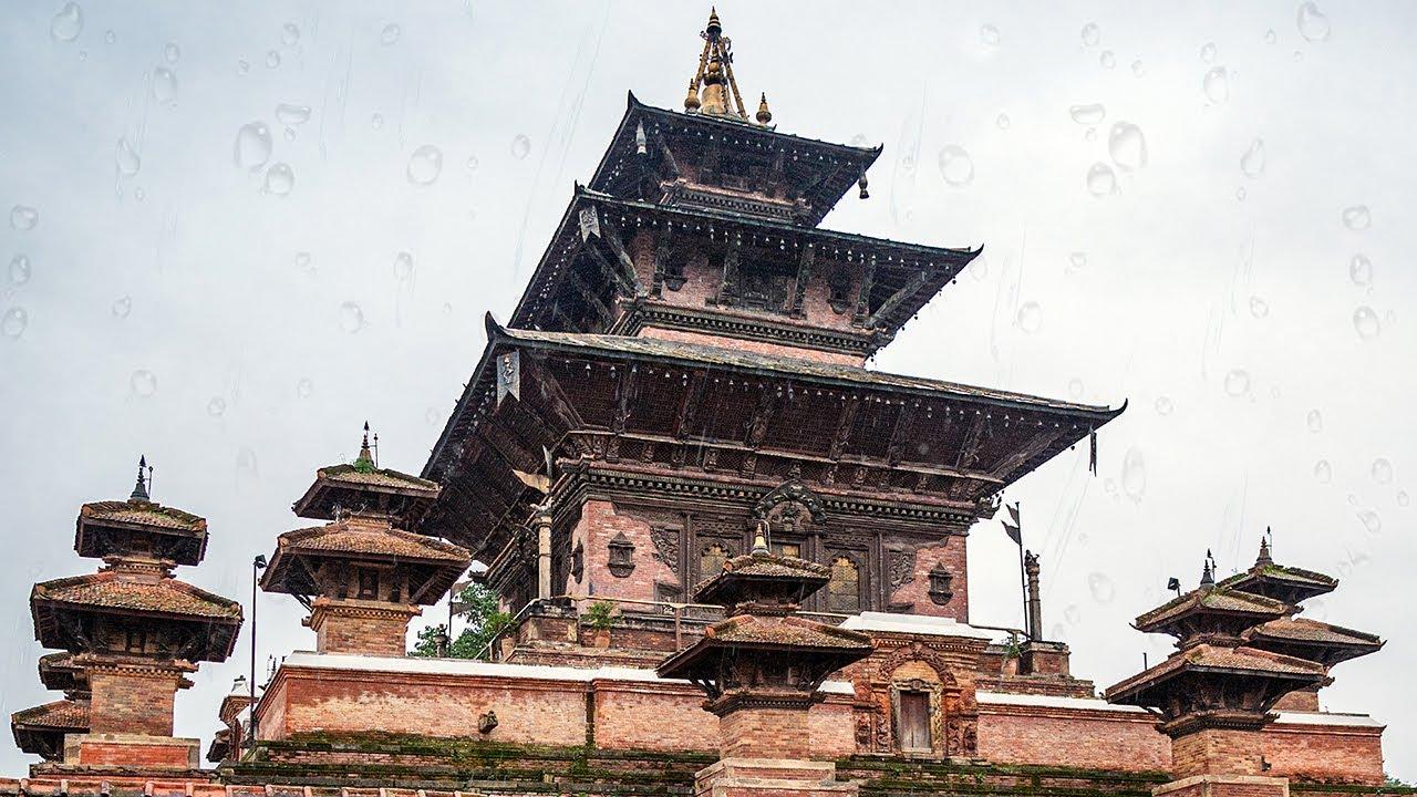 Rainy Morning in Kathmandu Durbar Square | POV Street Photography