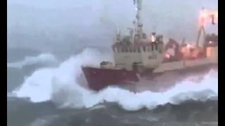 Rakhe Allah mare k - ship in Sea Storm