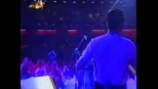 Sfakianakis Notis   olos o kosmos eisai   o aetos   maura matia   Rex Live 1997 part 07