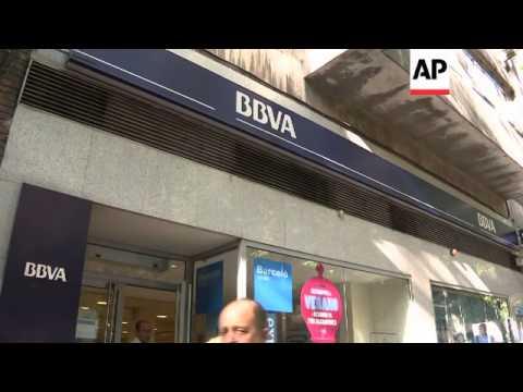 SPAIN STOCKS FALL SHARPLY AFTER MOODY'S DOWNGRADE