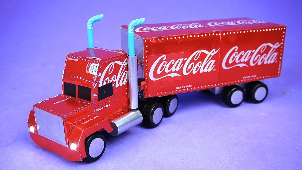 Increíble Camión De Navidad Da Coca Cola Iluminado Hecho Con Latas De Refresco Youtube