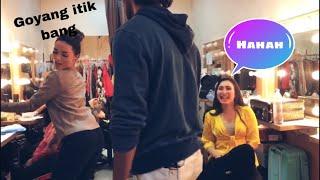 Moment - Moment Mesra Zaskia Gotik dan Shashank Vyas Yang Gak Keliatan Di Tv!!