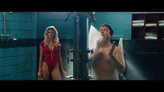 Download Video Baywatch 2017, Ronnie naked in the shower scene MP3 3GP MP4