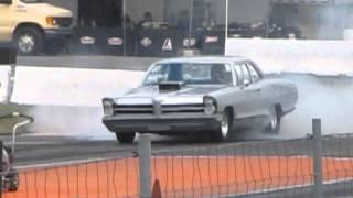 1965 Pontiac Catalina burnout
