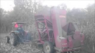 Video Berba kukuruza IMT 567 i ZMAJ K2 download MP3, 3GP, MP4, WEBM, AVI, FLV Februari 2018