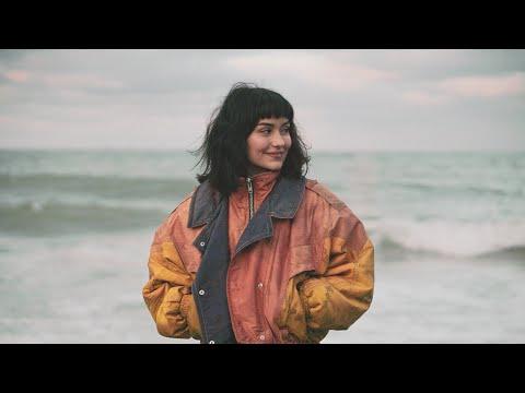 Ayça Özefe - Yıkılmam Asla (Official Video)
