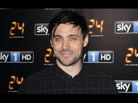"""Meet Once Upon a Time's King Arthur! Liam Garrigan Cast as """"Head"""" of the Round Table for Season 5"""