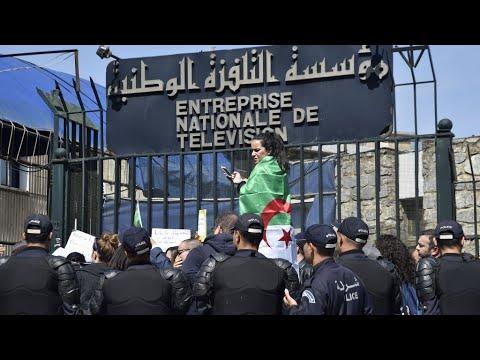 الحراك الشعبي في الجزائر: إقالة المدير العام للتلفزيون الوطني