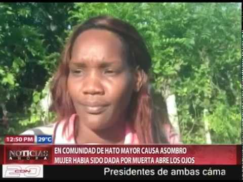 Super Martinez - Mujer Muerta Abre Los Ojos En Un Velatorio